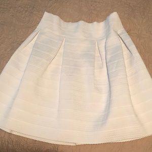 New York & Co White skirt